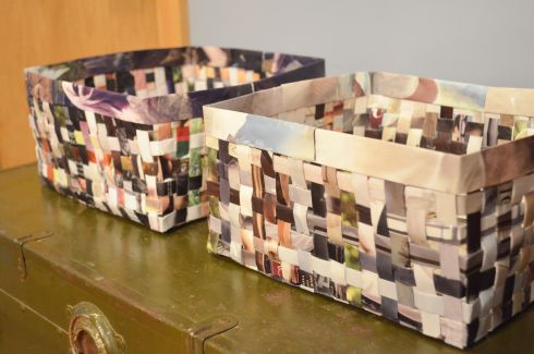 A little better tutorial on how to make the magazine paper baskets.