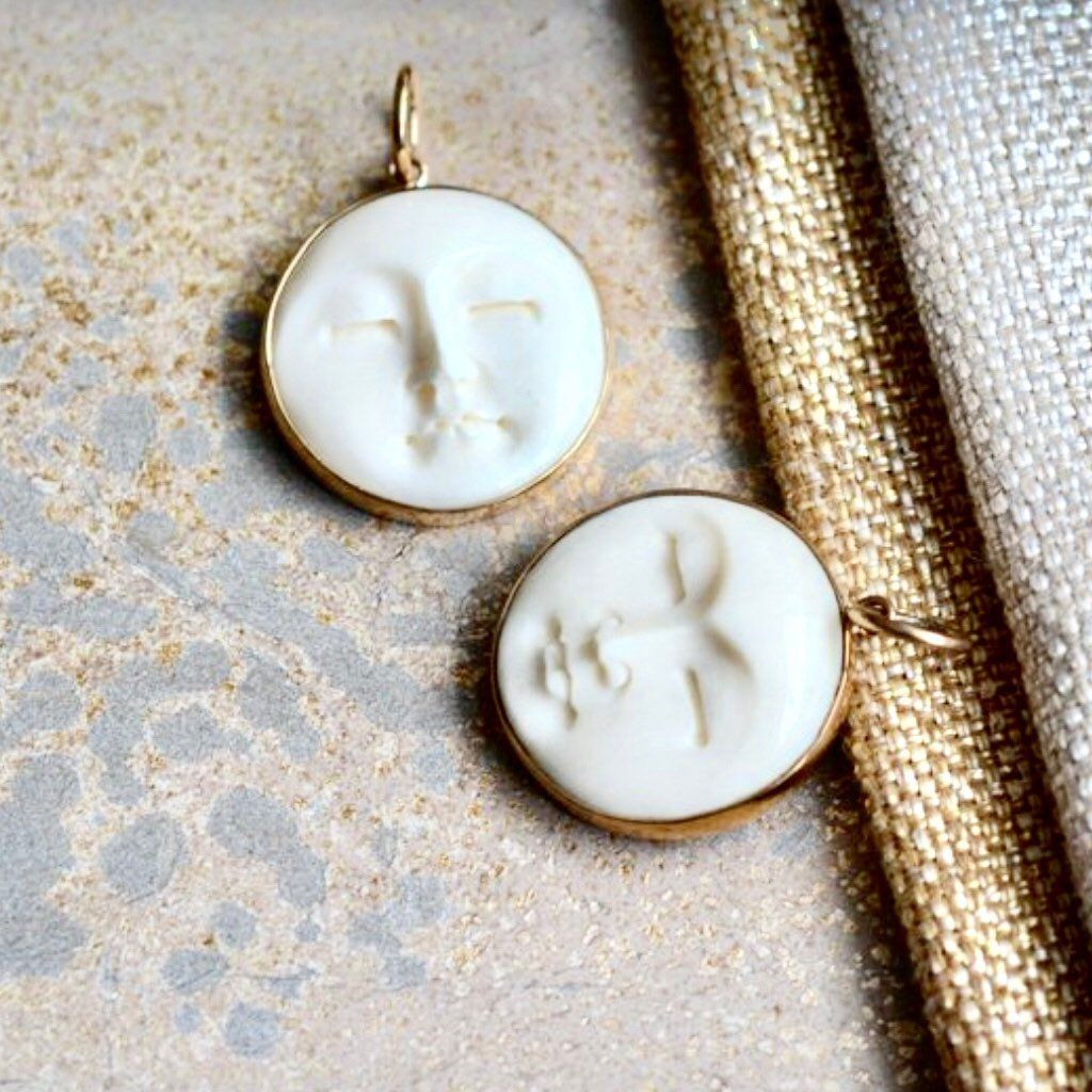Moon Face Pendant Carved Bone Moon Face Bronze Moon Pendant Round Moon Face Necklace Earrings Bone Jewel Diy Jewelry Making Supplies Bone Carving Face Necklace