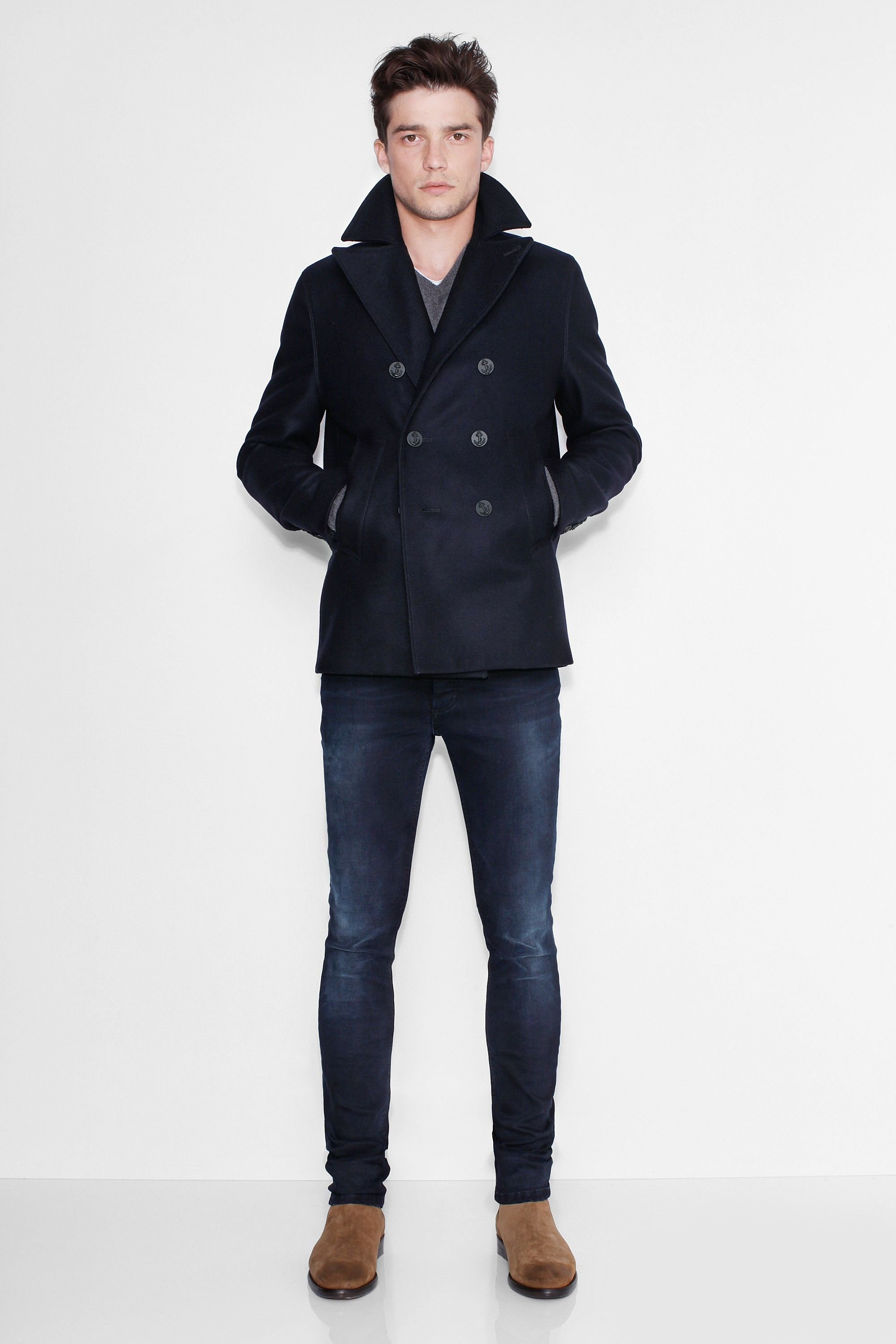 Zadig et Voltaire peacoat, with raw edges finishings, double breasted, two side pockets, 80% virgin wool, 20% polyamide. Quilted nylon removable waistcoat.