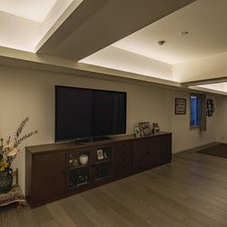 階高が2 550mmと極めてコンパクトなつくりのため天井板は貼らず 梁型
