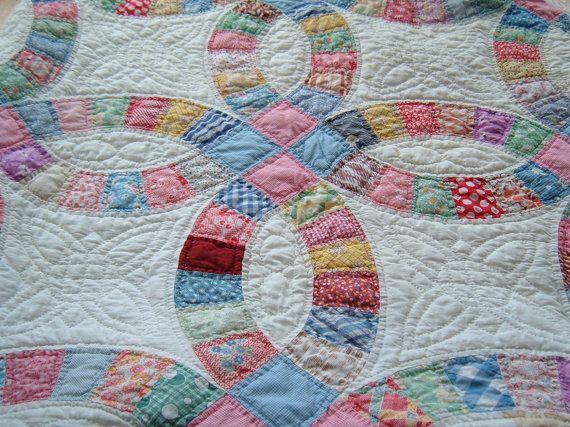 Vintage Double Wedding Ring Quilt Free Shipping By Divainthedell
