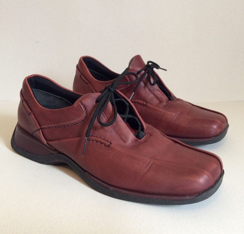 CLARKS Shoes Size 9 ACTIVE AIR Comfort Brown Leather Oxfords Casual Winter Gift…