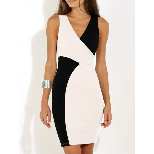 Color-block V Neck Bodycon Dress (69 PEN) ❤ liked on Polyvore featuring dresses, black and white, v neck dress, sleeveless bodycon dress, black and white cocktail dress, black and white bodycon dress y short dresses