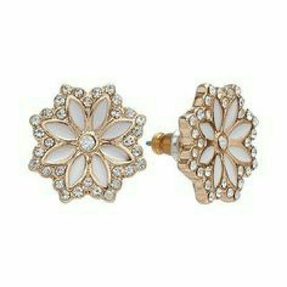 Lauren Conrad Stud Earrings   Flower earrings studs ...