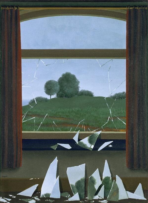 269 Magritte no pinta así para reforzar nuestra fe en lo que vemos, sino para cuestionarla con paradojas #Thyssen140 pic.twitter.com/RuuKeRWsBF
