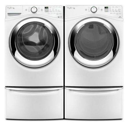 Whirlpool Gas Laundry Set With Steam Maytag Washers Maytag Washer And Dryer Laundry Pedestal