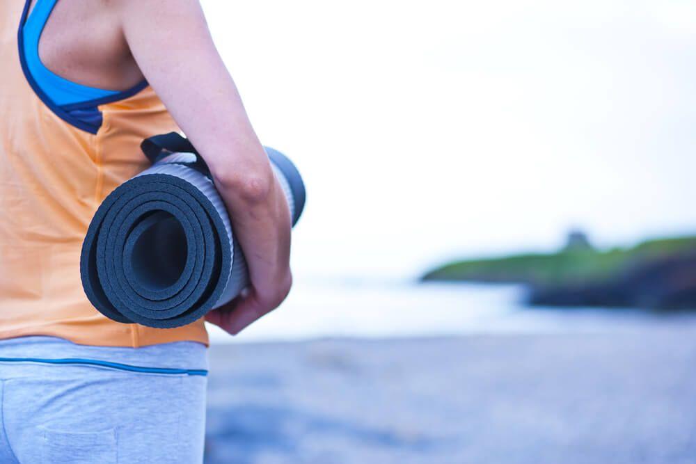 Bien Choisir Son Tapis De Fitness Ou Pourquoi Ne Pas Acheter De Tapis Decathlon Tapis Fitness Decathlon Et Pose Yoga