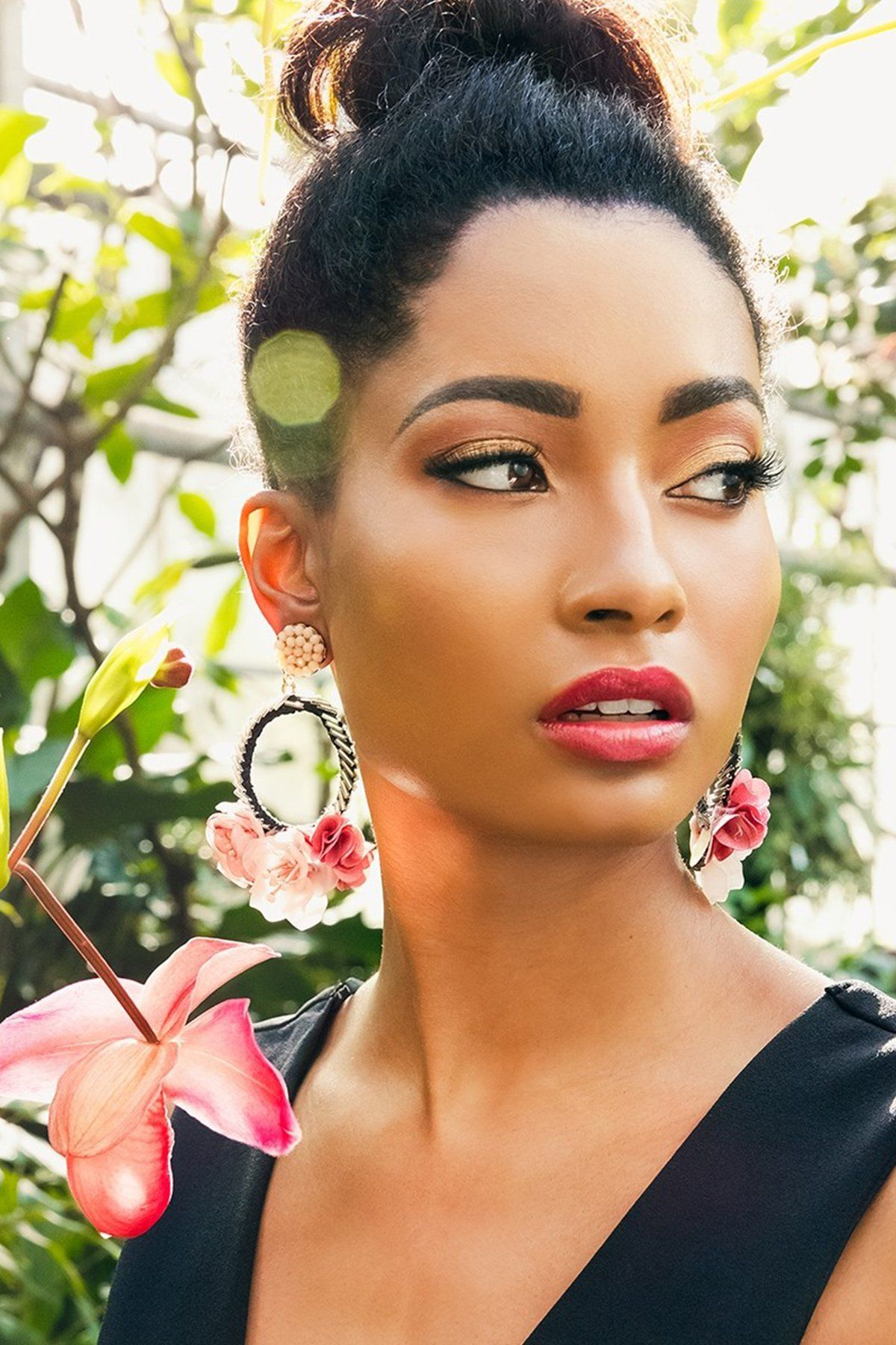 Finally your clipon Earrings are here! These are light