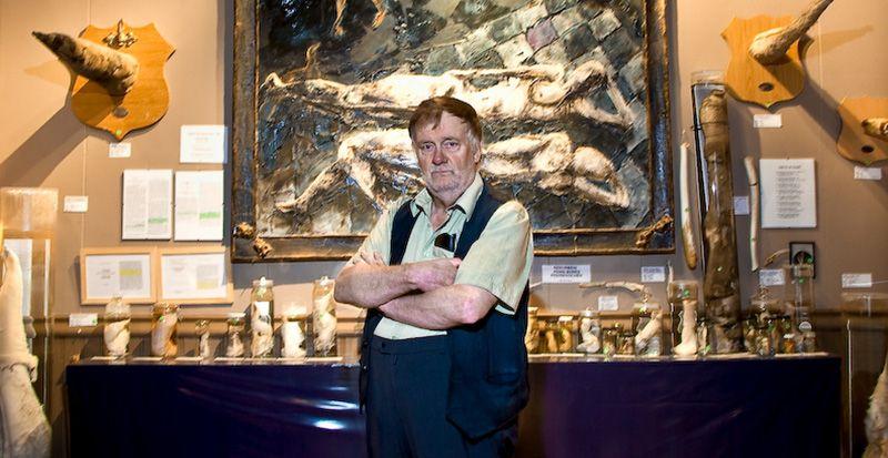 The Iceland Phallological Museum. Museo del pene. Aquí su orgulloso creador quien ha coleccionado falos por más de 40 años