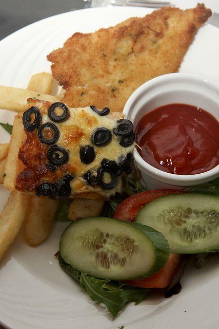 Top 10 best kids eat free restaurants at weekends