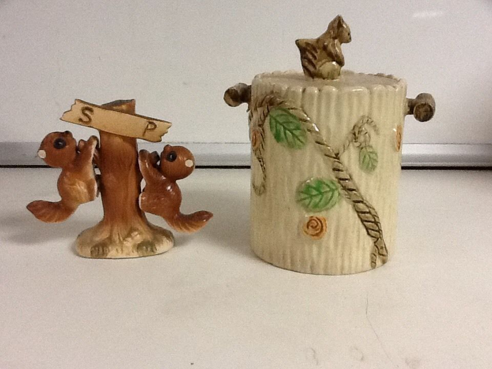 Vintage Squirrels On Tree Salt & Pepper Shaker Set With Small Squirrel Canister