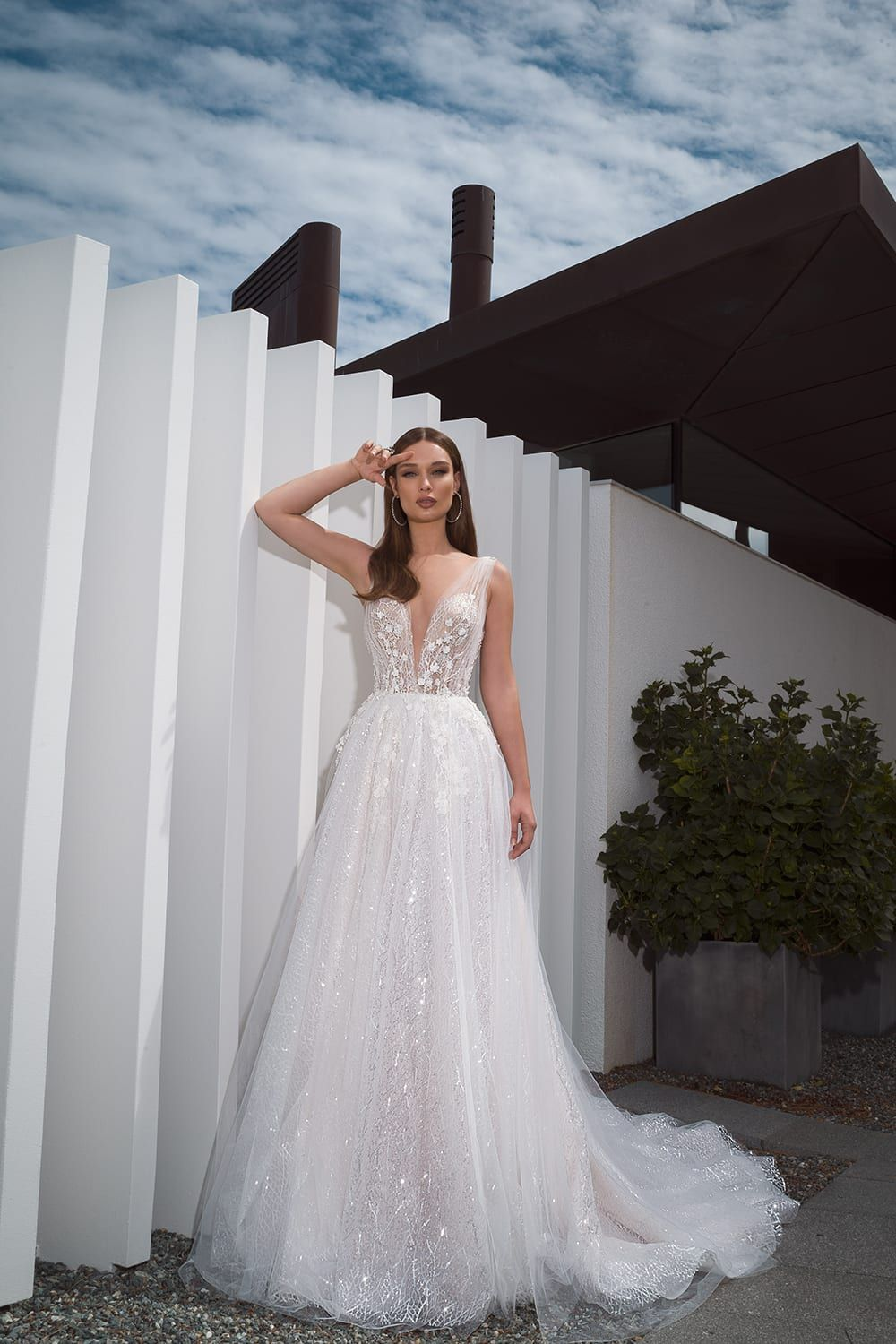 40 Dream Wedding Gowns For Every Bride In 2019 In 2020 Wedding Gowns Mermaid Wedding Gowns Beautiful Wedding Dresses [ 1500 x 1000 Pixel ]