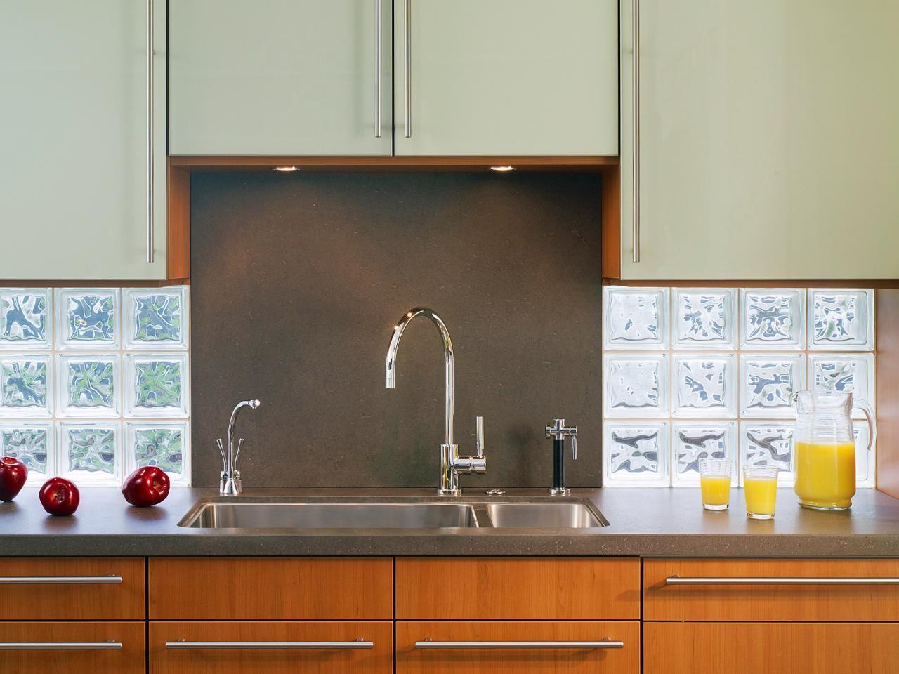 30 Trendiest Kitchen Backsplash Materials   Volcanic rock, Glass ...