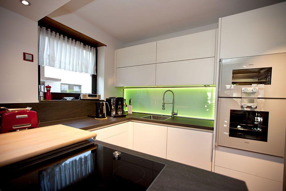 Hast du schon über #LED-Küchen gehört? Es sieht wirklich geil aus