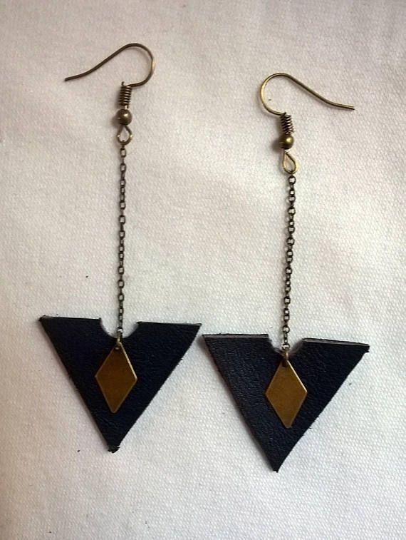 Photo of Pendientes triángulo de cuero azul marino | Etsy