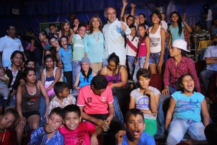 Noticias de Cúcuta: FUNCIÓN MÁGICA DE CIRCO OFRECIERON ALCALDE Y GESTO...