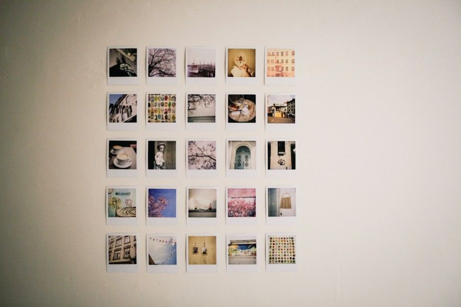 solovely pola berlin apartment polaroid wall et square photos. Black Bedroom Furniture Sets. Home Design Ideas