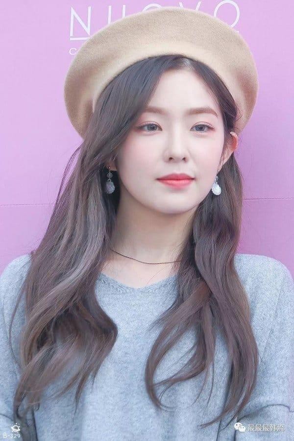 Top 10 K Pop Idols In Beret Hat Kbizoom Red Velvet Irene Velvet Hair Red Velvet