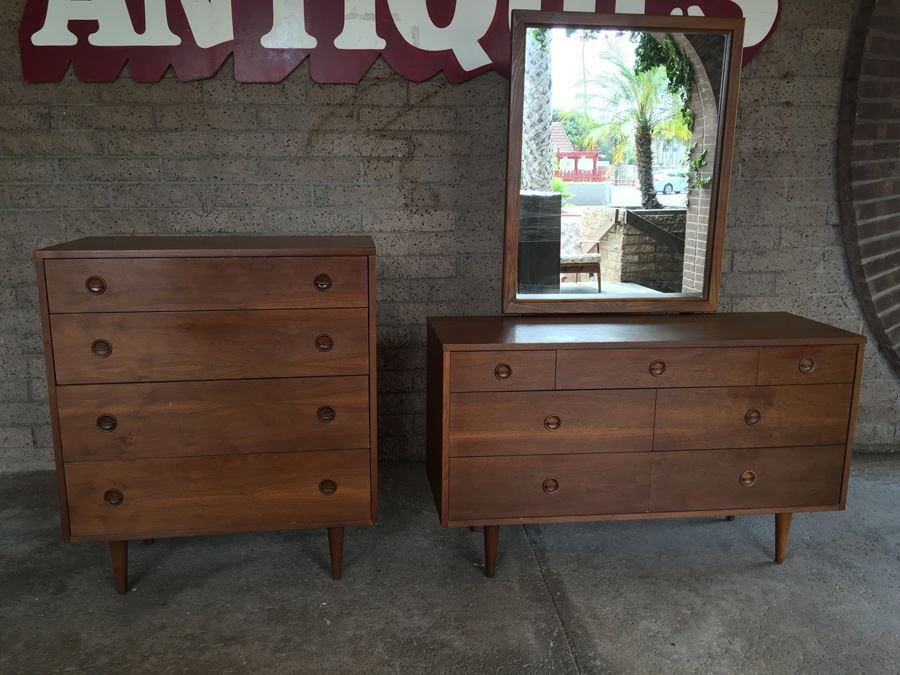 Stanley Mid Century Modern Bedroom Set Of Two Chest Drawers With Mirror