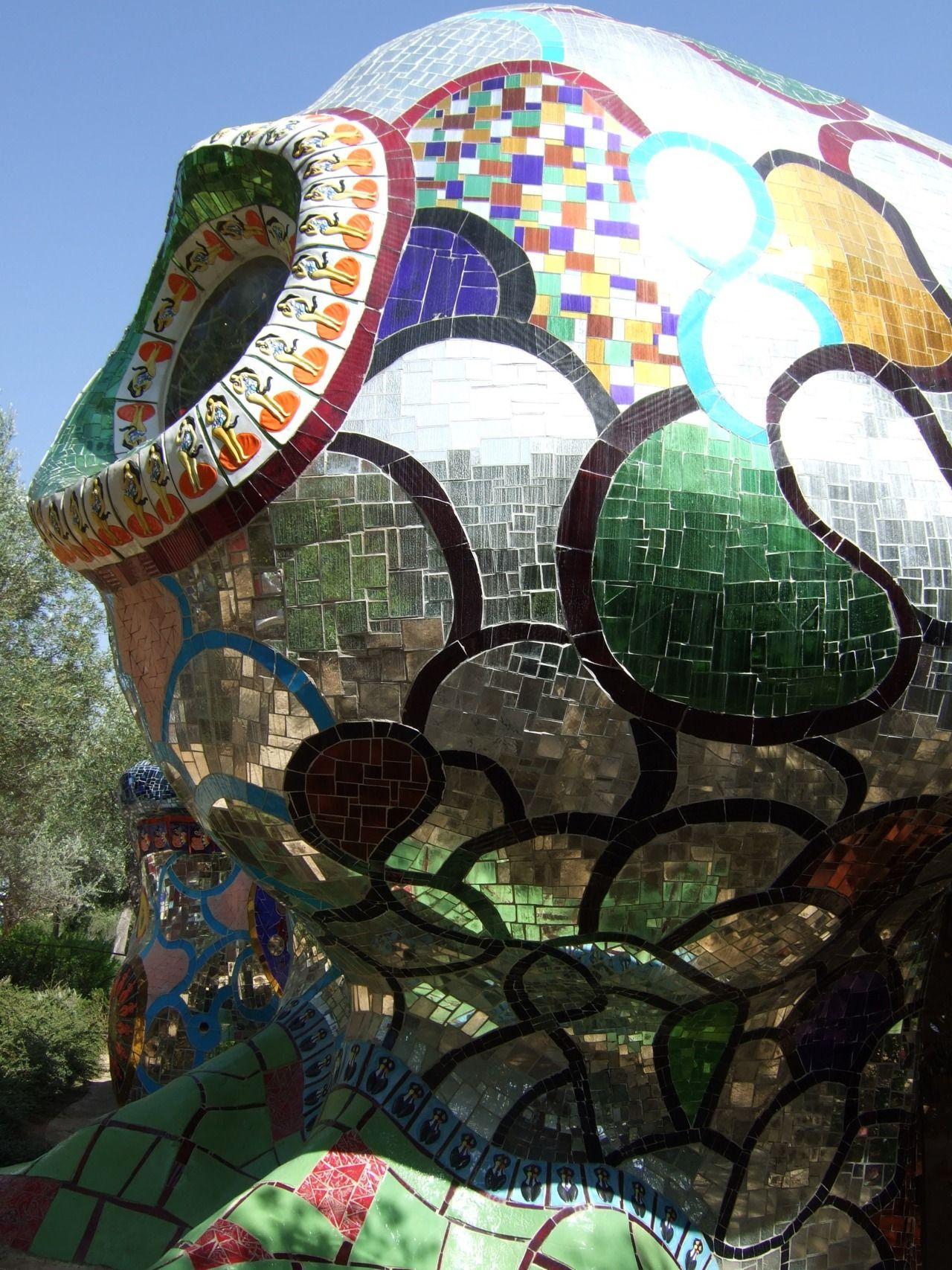 Le jardin des tarots de niki de saint phalle sud de la - Jardin tarots niki de saint phalle ...