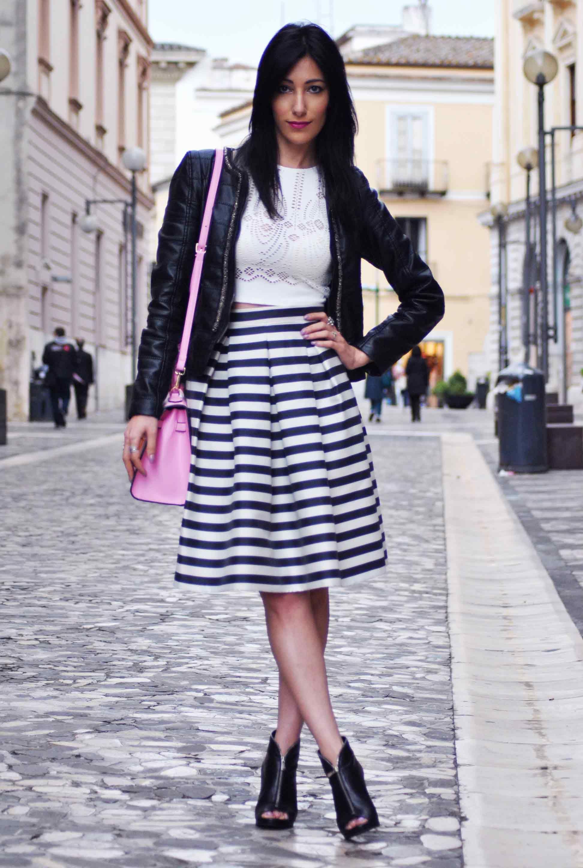 Come abbinare la gonna a righe. Skirt stripes afd934ed561