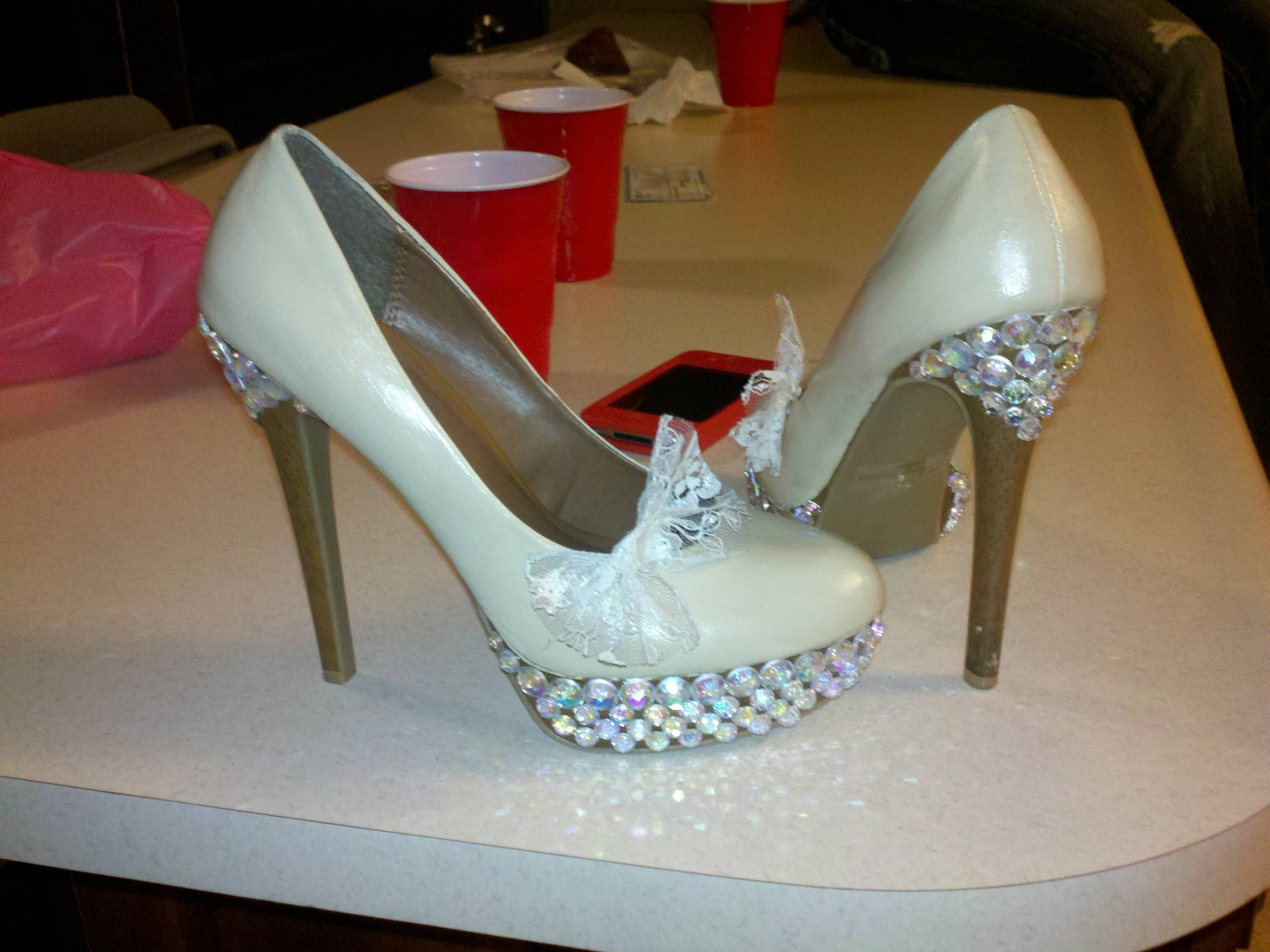 Painted shoes. Seal with modge podge or acrylic sealer. Add rhinestones  with E6000 craft glue 58724587c63a