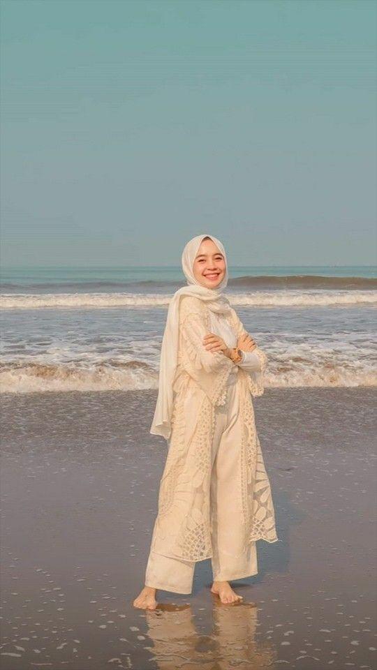 Baju Pantai Hijab