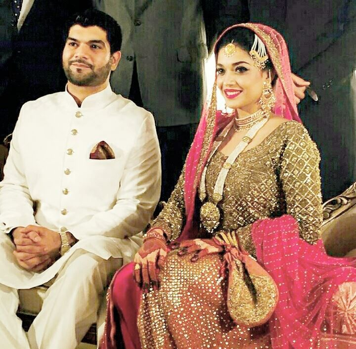 6efcc474aa Pakistani actress Sanam Jung's Wedding Picture - 14 | Bridal dresses ...