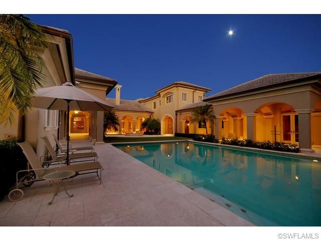 Listing 213509887 Price 5 490 000 6955 Verde Way Naples Florida 34108 7517 An Absolute Crown Jewel That Wi Mediterranean Mansion Mansions Mansions Luxury