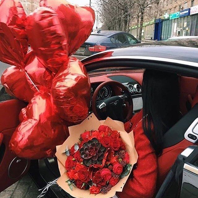 для букет роз на дороге картинки королеве, президенту сша
