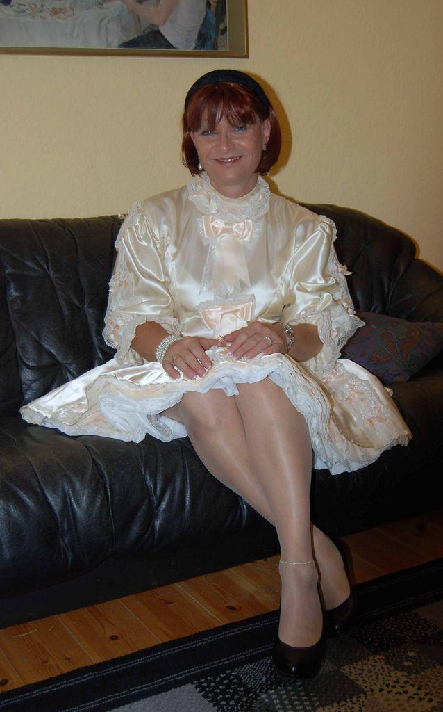Me in a nice sissy dress visiting my friend Birgit in Berlin.