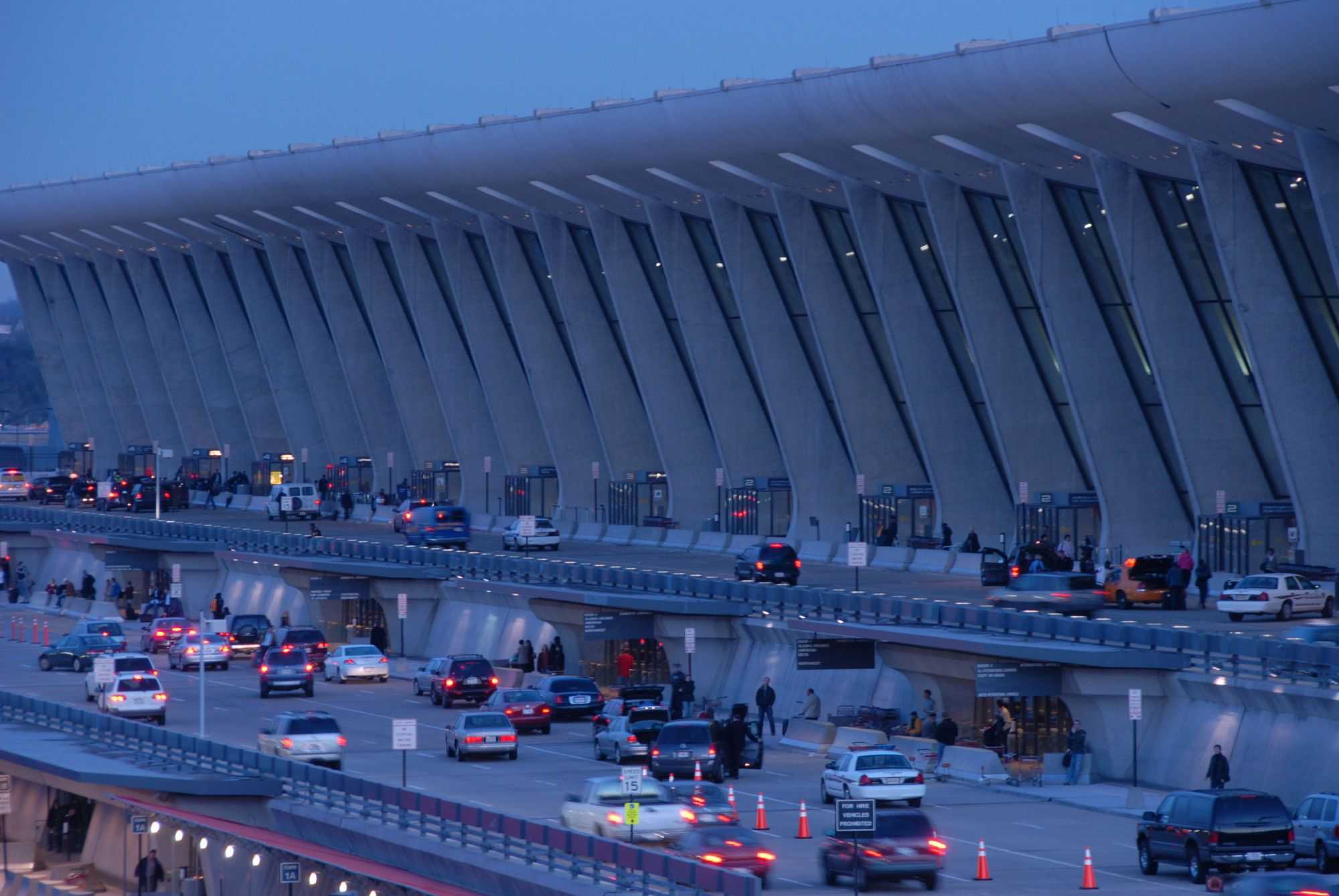 Gallery of AD Classics: Dulles International Airport / Eero Saarinen - 4