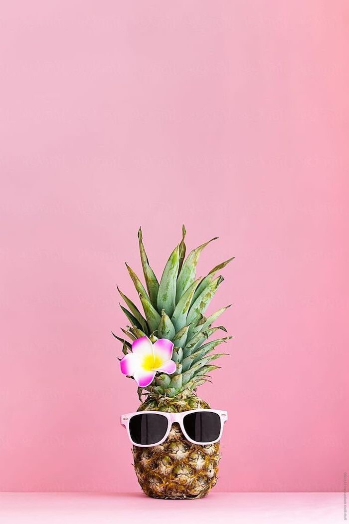 Pineapple With Sunglasses Pink Flower Cute Backgrounds For Girls Pink Background Pineapple Wallpaper Cute Summer Wallpapers Wallpaper Iphone Summer