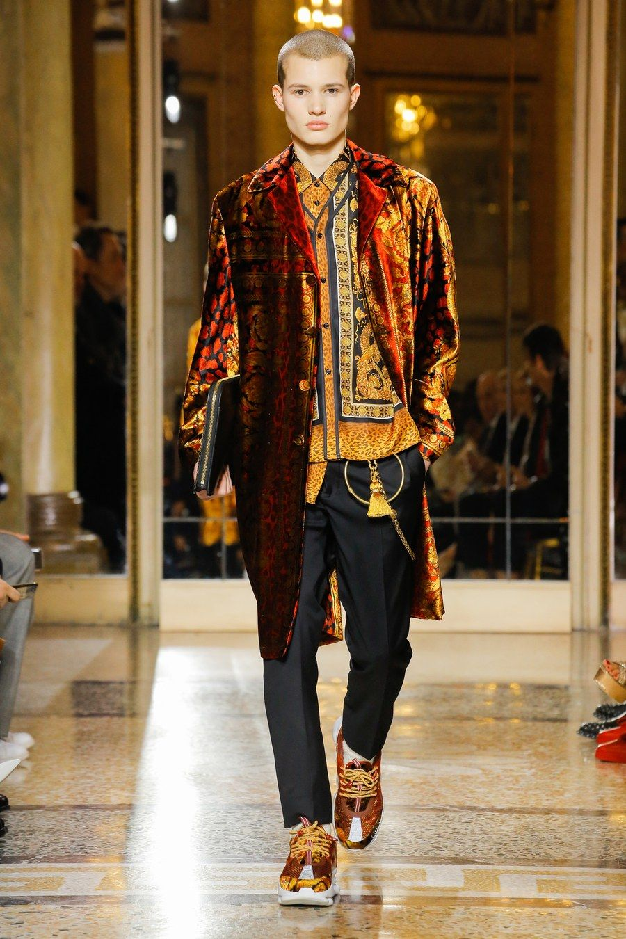 Mens versace fall runway fotos