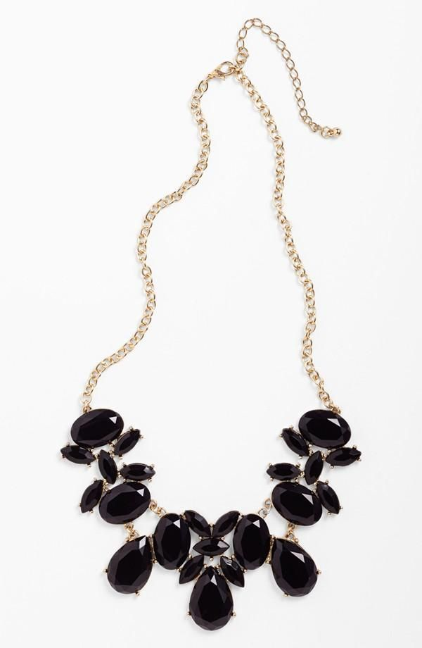 Stunning! Black Stone Statement Necklace