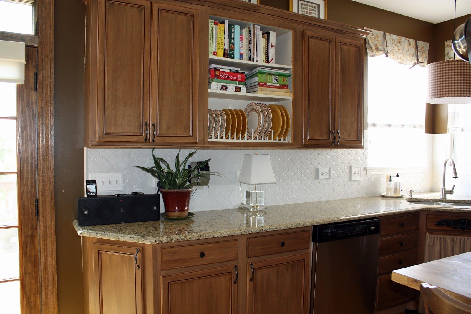 Simple Modern Kitchen Cabinet Doors Design And