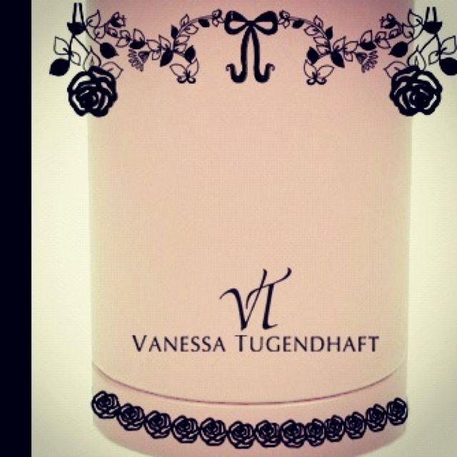 Mlle mouns for Vanessa Tugendhaft