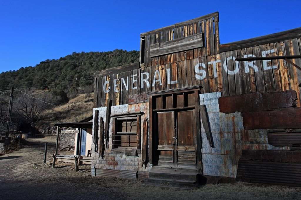 Ghost towns of america s southwest ghost towns for Abandoned neighborhoods in america