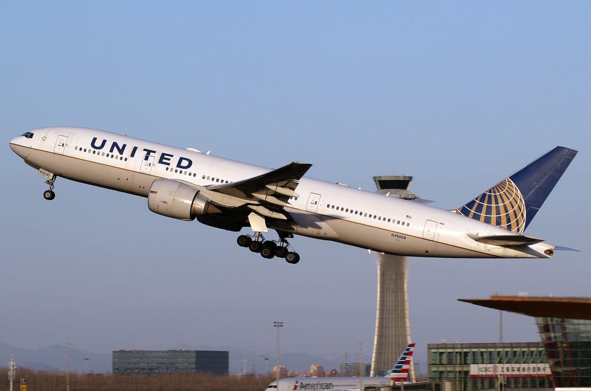 United Boeing 777 224 Er Aviacion Aviones