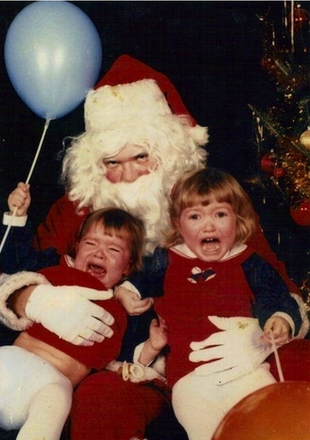 Those Kids Are Scared Of Santy Claus Creepy Christmas Santa Claus Photos Bad Santa
