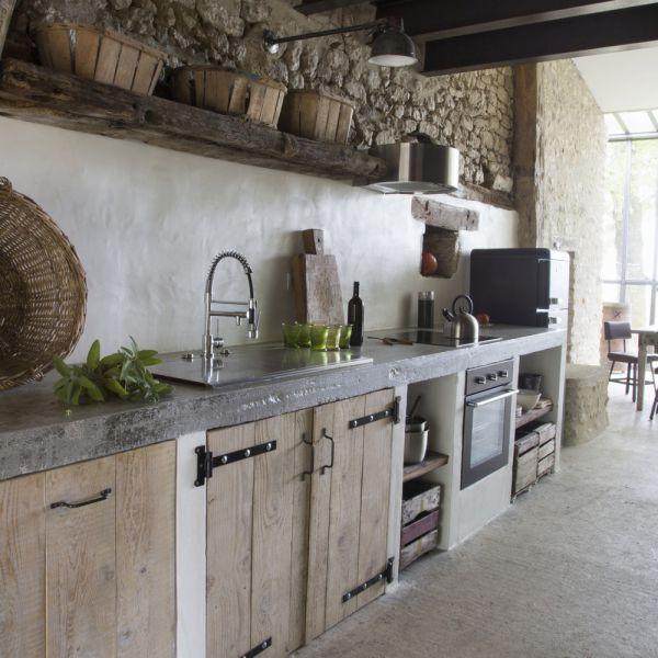 Pin Van Lainouchka Op Cuisine Meubles Bois Plan De Travail Gris Beton In 2020 Keuken Steigerhout Keuken Idee Appartement Keuken