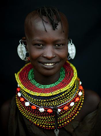 Afar girl wrapped in a cloak in Danakil depression | Flickr