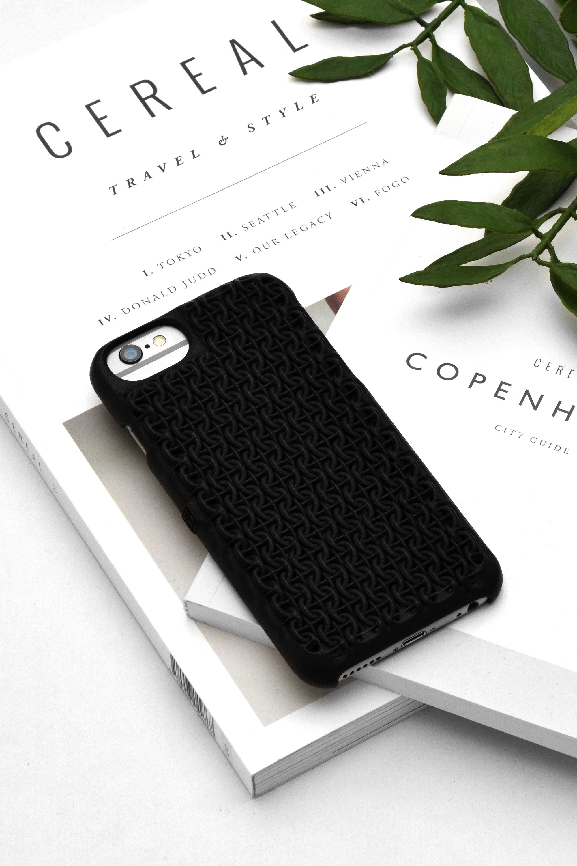 Freshfiber Chain mail Case in Graphite Black for iPhone 6s