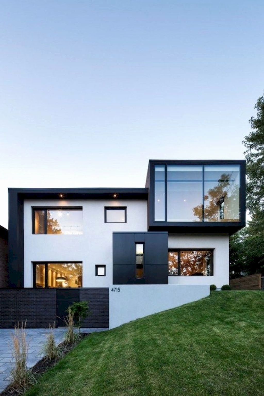 Black And White Modern House Inspirational 56 Stylish Home Black And White House Exterior Des In 2020 House Designs Exterior Contemporary House Exterior Concrete House