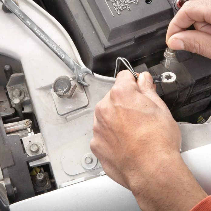 105 Super-Simple Car Repairs You Don't Need to Go to the ...