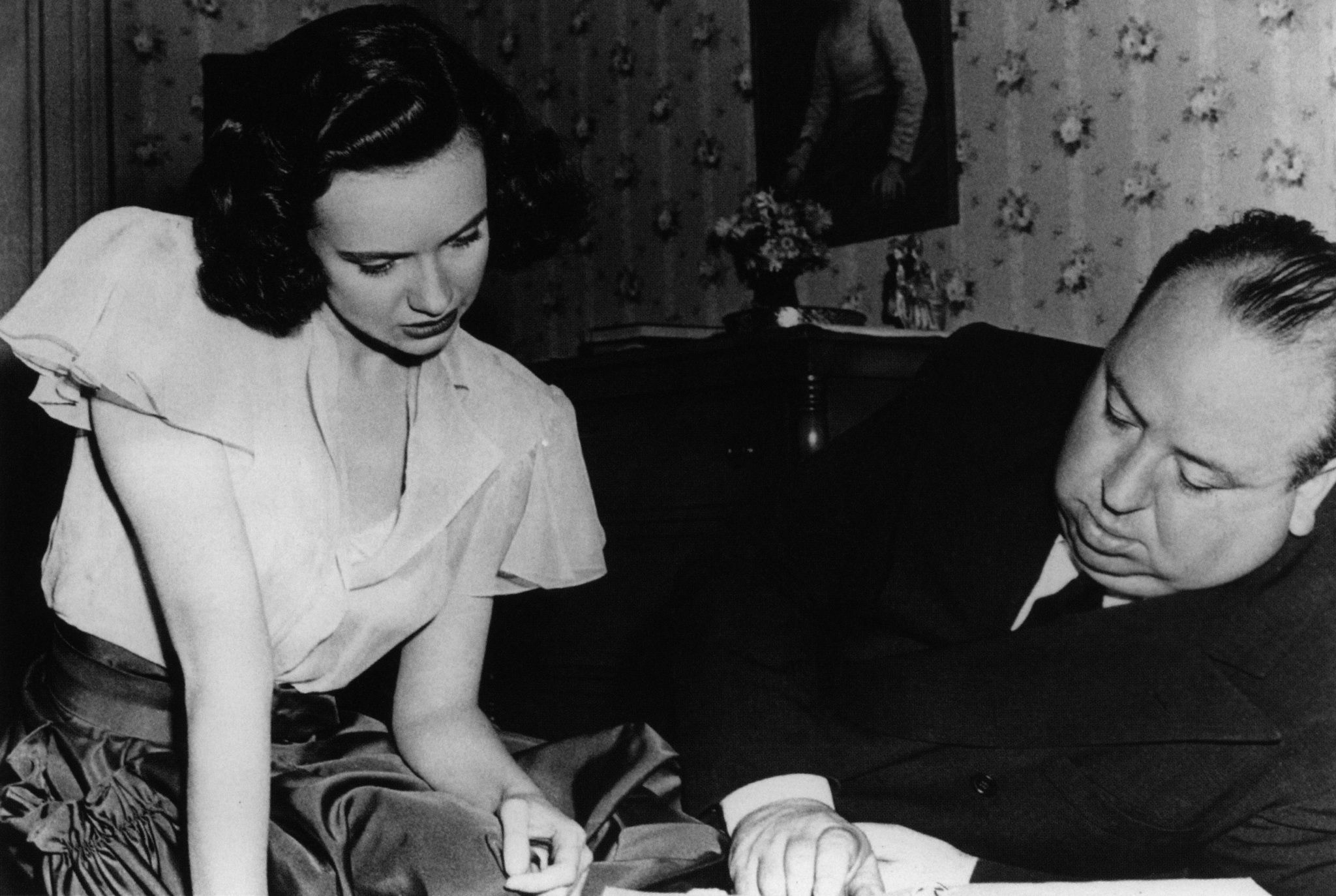 """Shadow of a Doubt"": Hitchcock directs Teresa Wright"