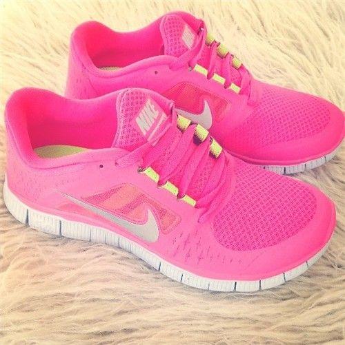pink traning shoes NIKE