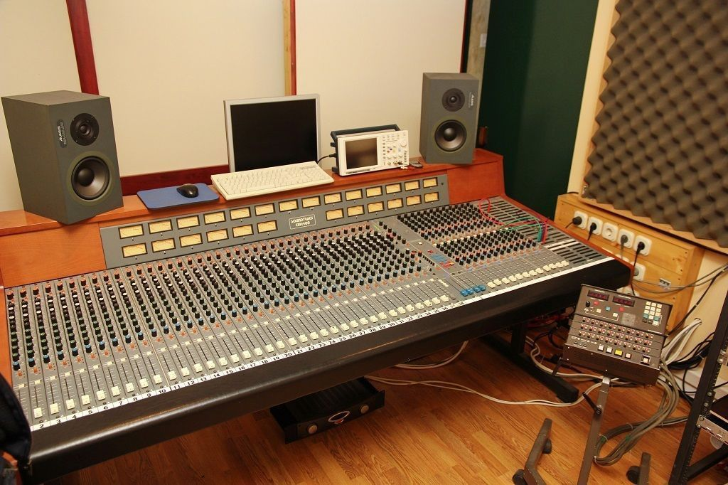 studio renovation setup to music home design producer pertaining recording stunning furniture producers desk ideas