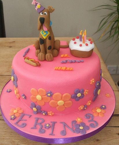 Erins Pink Scooby Doo Cake With Images Scooby Doo Cake