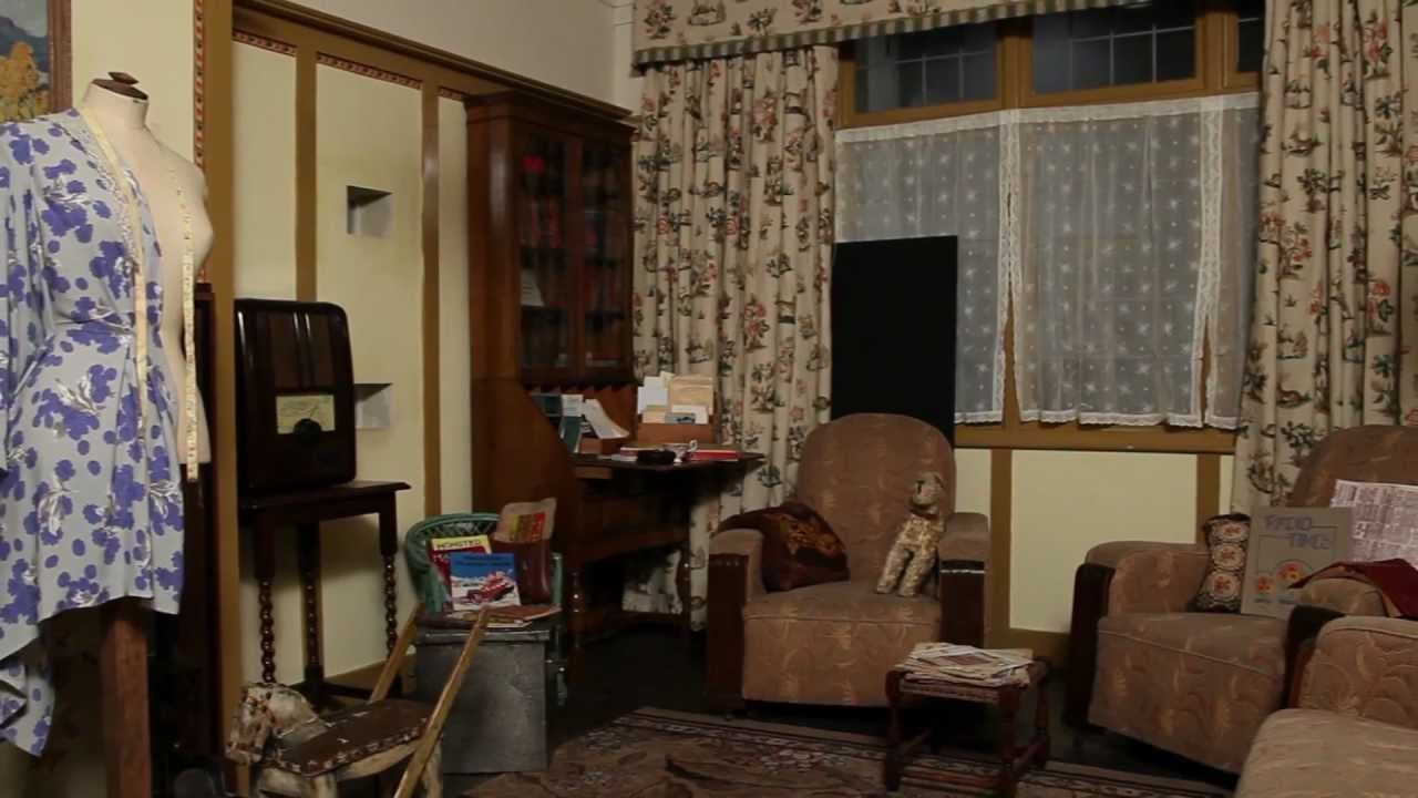 Old Living Room 1940 old living room 1940 of people in their victorianedwardian over